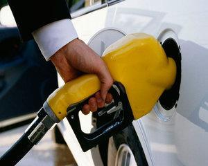 O noua ancheta pe piata carburantilor. Consiliul Concurentei analizeaza de ce preturile sunt peste media UE