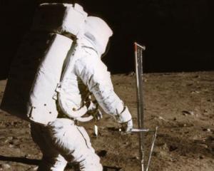 Rusia are in plan sa colonizeze Luna pana in 2030