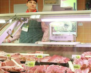 Rusia interzice importurile de carne de vita din Australia