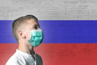 Majoritatea rusilor cred ca Sars-CoV2 e o arma biologica creata de om