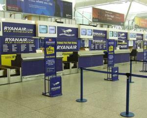 Website-ul Ryanair nu va functiona timp de 5 ore in noaptea de marti. Calatorii nu pot face check-in online in aceasta perioada