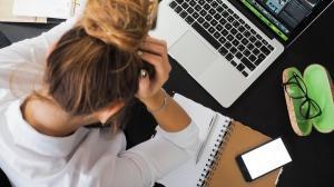 Peste patru din zece angajati romani s-au simtit hartuiti sexual la locul de munca