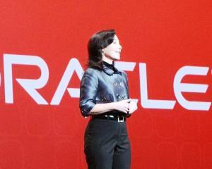 Safra Catz, Presedinte Oracle: Romanii pot rezolva probleme care-i depasesc pe altii
