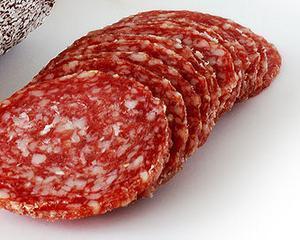 Cand nu stii ce carne se ascunde in spatele unei etichete