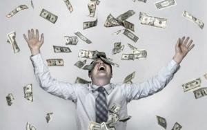 Martisorul ministrului Muncii: De la 1 martie cresc masiv salariile din sanatate si invatamant