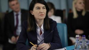 Scandalul salariilor din ITM ia amploare: Ministrul e contrazis de Inspectia Muncii. Violeta Alexandru ar fi fost instiintata de situatia critica din teritoriu