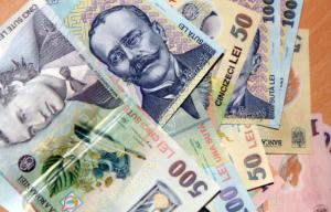Teodorovici da asigurari ca salariile bugetarilor nu ingheata in 2019. Cresc cu 25%, cum prevede Legea salarizarii