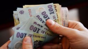 """""""Topaiala fiscala"""" continua: salariul minim nu va creste de la 1 noiembrie"""