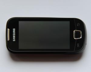 Samsung: Estimam o scadere cu 25% a profitului