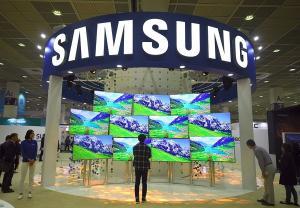 Veniturile Samsung depasesc 69 miliarde de dolari in 2017, depasind liderul de piata, Intel