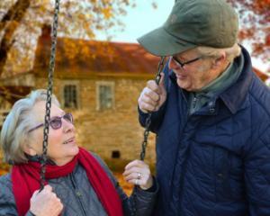 5 sfaturi pentru imbunatatirea vietii oamenilor in varsta