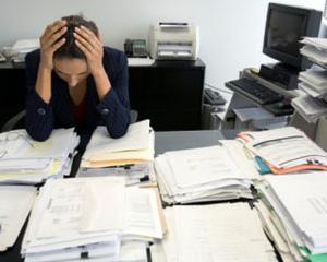 Sarcinile de munca in plus pot aduce o avansare. Cum profitam de ele?