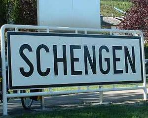Sute de persoane, autoturisme si documente introduse in SIS, gasite de politistii romani si partenerii din Schengen