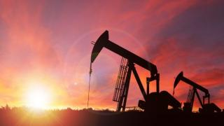 Vesti proaste pentru soferi: Pretul petrolului a atins maximul ultimilor trei ani
