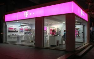 Telekom scumpeste tarifele la servicii. Cand intra in vigoare noile preturi