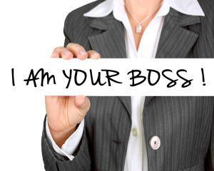 STUDIU: 8 din 10 angajati spun ca relatia defectuoasa cu seful lor le afecteaza productivitatea