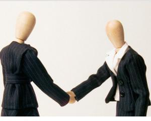 4 ponturi pentru angajatii care vor sa se inteleaga cu noul SEF