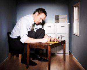 Semne ca esti un workaholic care nu se poate trata