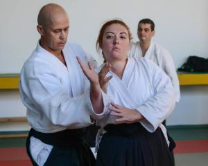 Interviu Paula Alexandrescu: Antreprenoriatul spiritual. Afacerea care nu-i afacere, ci o arta...martiala