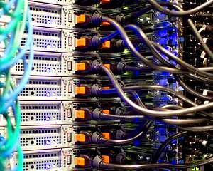 Sectorul serviciilor informatice, plus 14,6% in primele noua luni