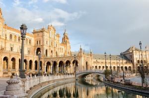 Destinatii ideale pentru city-break: Sevilla - cum ajungem, ce vizitam, ce mancam