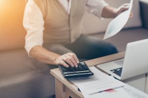 Cum sa tii sub control cheltuielile unui startup. Sfaturi pentru o planificare financiara eficienta
