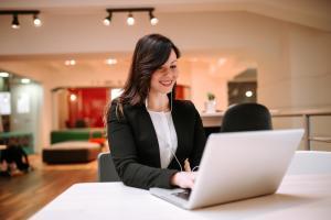 5 lucruri de care trebuie sa tii cont atunci cand iti alegi un spatiu de birouri