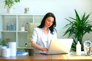 3 sugestii utile pentru a deschide un cabinet sau o clinica medicala privata