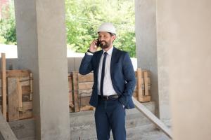 Costul unei constructii depinde de pretul materialelor. Afla ce trucuri folosesc dezvoltatorii pentru a economisi bani