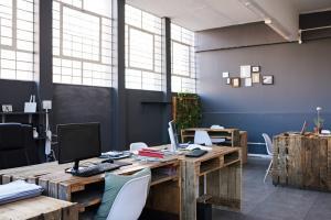 7 factori de la birou care pot influenta productivitatea si eficienta unei echipe