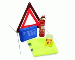 Se verifica dotarea tuturor vehiculelor cu trusa de prim ajutor, triunghiuri reflectorizante si stingator pentru incendii!