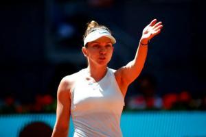 Simona Halep s-a calificat in finala turneului de la Madrid dupa un meci istoric cu Belinda Bencic