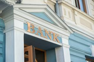 Oficial BNR: Ne asteapta un cutremur pe piata bancara din Romania