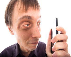 A aparut mahmureala cauzata de smartphone-uri