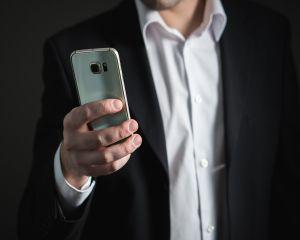 Ce telefoane folosesc celebritatile