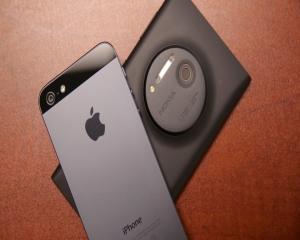 10 smartphone-uri care au marcat anul tehnologic 2013