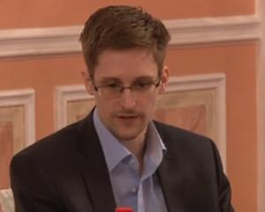 Edward Snowden nu mai este somer