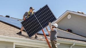 Incepe Programul National Casa Verde-Fotovoltaice. Valoarea totala a finantarii se ridica la 656 milioane de lei