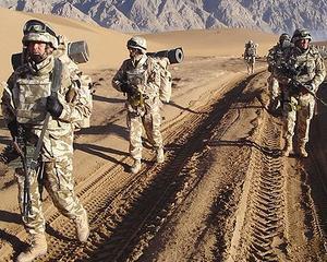 Numarul soldatilor romani din Afganistan va fi redus