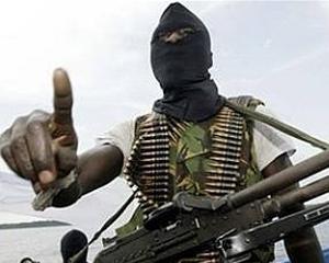 Economia globala: Piratii somalezi provoaca daune de 18 miliarde de dolari in fiecare an
