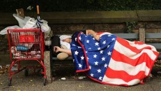 Visul american paleste in fata pandemiei: 3 din 10 someri americani isi fac griji ca nu vor avea bani de hrana si adapost