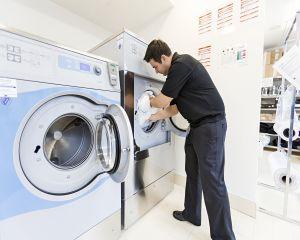 Factori importanti in decizia achizitionarii de echipamente de spalatorie/curatatorie