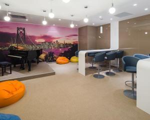 De ce este necesar pentru companii sa investeasca in spatiile de relaxare pentru angajati