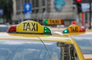 O firma de taxi din Bucuresti ofera curse gratuite pentru cadrele medicale si persoanele cu dizabilitati