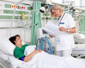 Ministerul Sanatatii: Cezariana nu este inclusa in pachetul de servicii medicale de baza