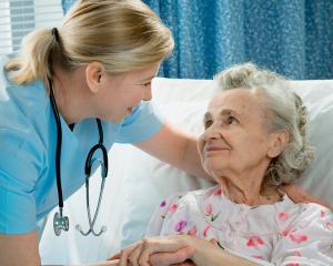 """""""Atentia"""" ramane cel mai bun tratament pentru pacientii din spitalele romanesti"""