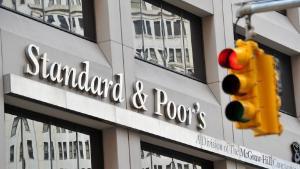 Romania a scapat la mustata de retrogradarea la Junk. Agentia de rating S&P mentine perspectiva negativa