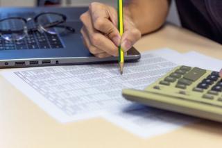 Standardele de creditare s-au inasprit pentru imprumuturile catre intreprinderi si gospodarii