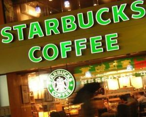 Starbucks interzice fumatul in apropierea cafenelelor