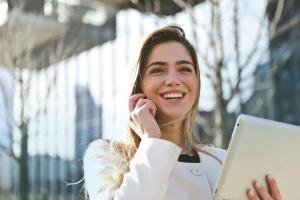 Fonduri de 50.000 Dolari pentru start-up-urile fondate de femei